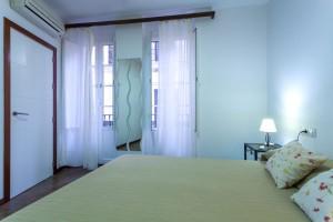 Dormitorio Principal - Terraza Apartamentos Cuna 41 1ºA